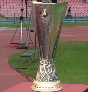 Sorteggio Europa League LIVE Tempo Reale 21 aprile 2017 Semifinali Diretta Online. Ecco gli accoppiamenti: Celta Vigo-Manchester United e Ajax-Lione. Andata il 3 e 4 maggio, ritorno l'11