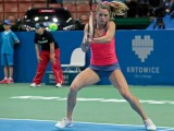 Risultati LIVE Wta Katowice Open 2016. Tenniste in azione sul campo centrale. (Photo Camila Giorgi: credits to https://www.facebook.com/KatowiceOpen/photos)