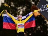 Tour de France 2020: oggi lo sloveno Tadej Pogacar a 20 anni, 11 mesi e 29 giorni è diventato il più giovane esordiente a vincere la corsa ciclistica a tappe più famosa del mondo. (Photo: credits to https://twitter.com/letour)
