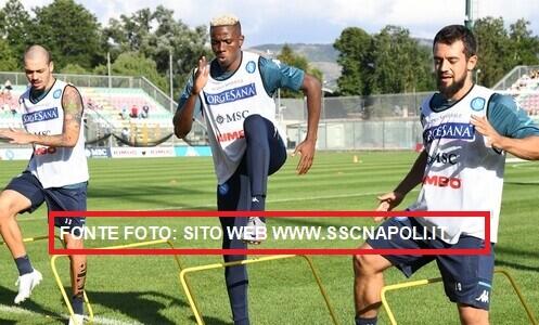 Oggi 4^ sessione settimanale a Castel Volturno per il Napoli, a 2 giorni dalla gara di campionato contro il Genoa, valida per la 2^ giornata (Fonte foto: credits to http://www.sscnapoli.it)