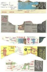 Ciò che resta dei biglietti di quelle 5 serate allo stadio San Paolo (archivio Luigi Gallucci)
