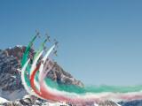 """Mondiali sci Cortina 2021: frecce tricolori e fuochi pirotecnici per uno """"spettacolo nello spettacolo"""" nell'area ampezzana"""